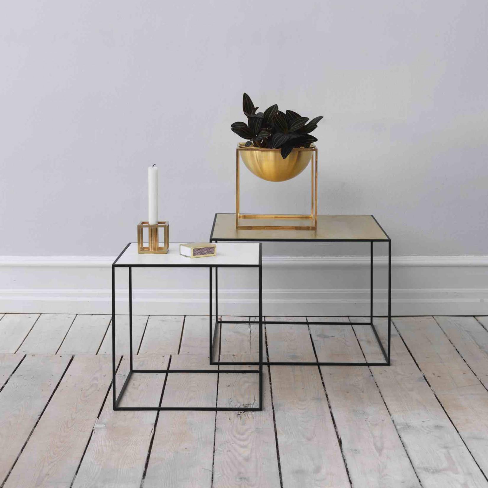 by lassen twin bijzettafeltjes. Black Bedroom Furniture Sets. Home Design Ideas