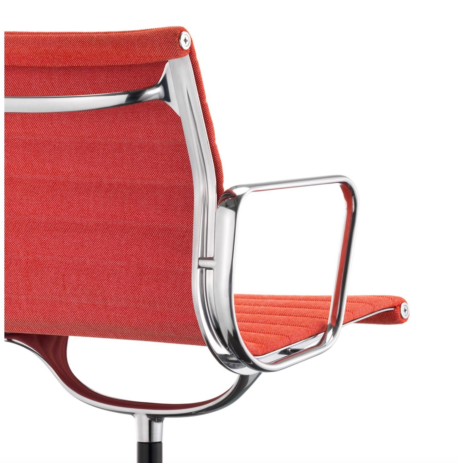 vitra aluminium chair ea 117. Black Bedroom Furniture Sets. Home Design Ideas