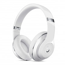 Beats Studio 2 Wireless glossy wit
