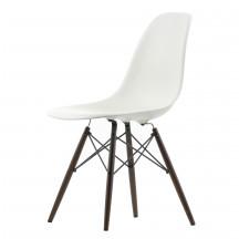 Vitra Eames Plastic Side Chair DSW zwart esdoorn