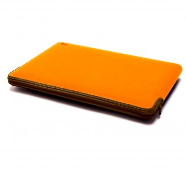 C6 Zip Sleeve 13-inch MacBook Pro tangerine/olive
