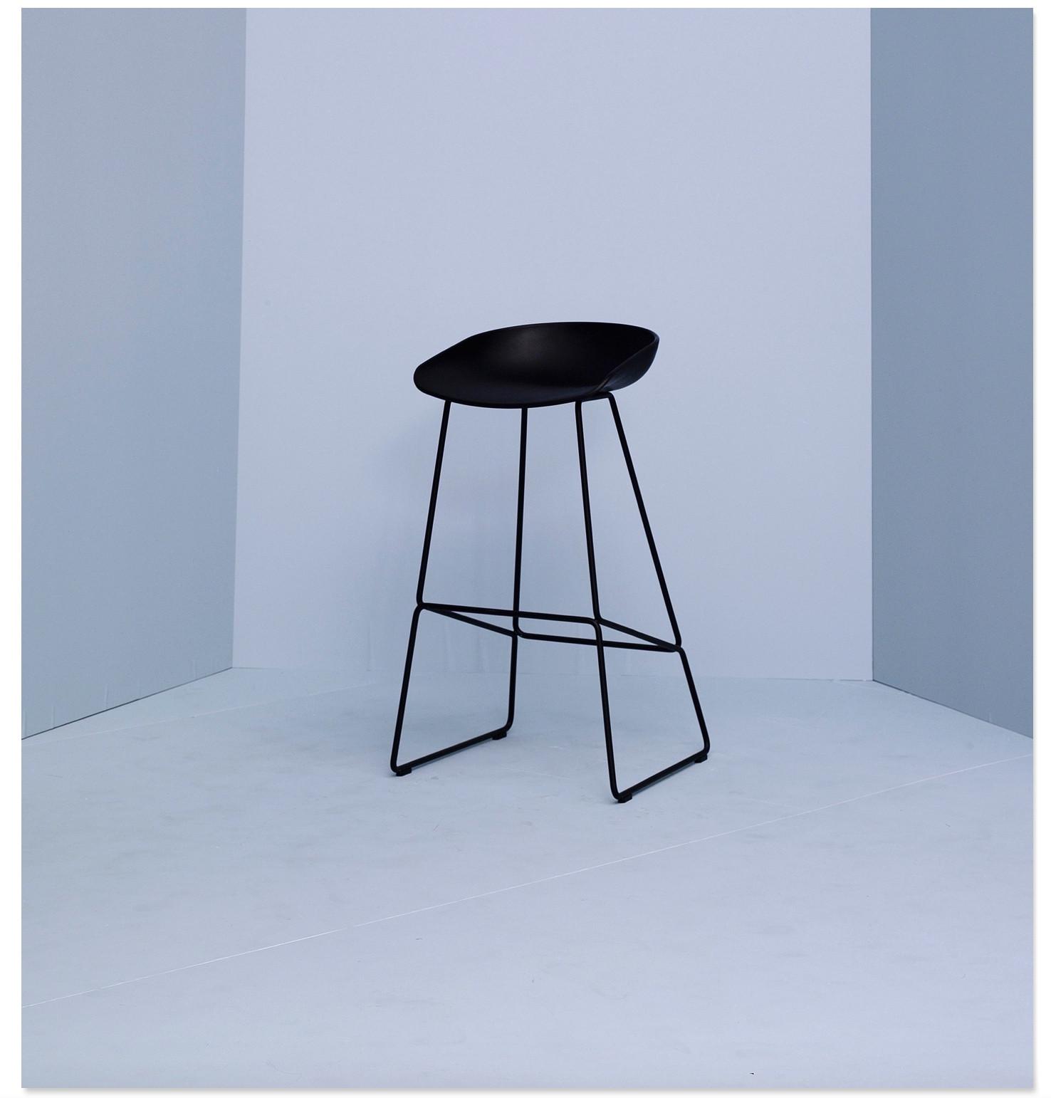 Hay barkruk about a stool aas38 rsv gelakt for Hay barkruk