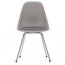 Vitra Eames Plastic Side Chair DSX met zitkussen