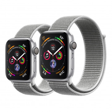 Apple Watch Series 4 zilver aluminium met schelpenwit geweven sportbandje