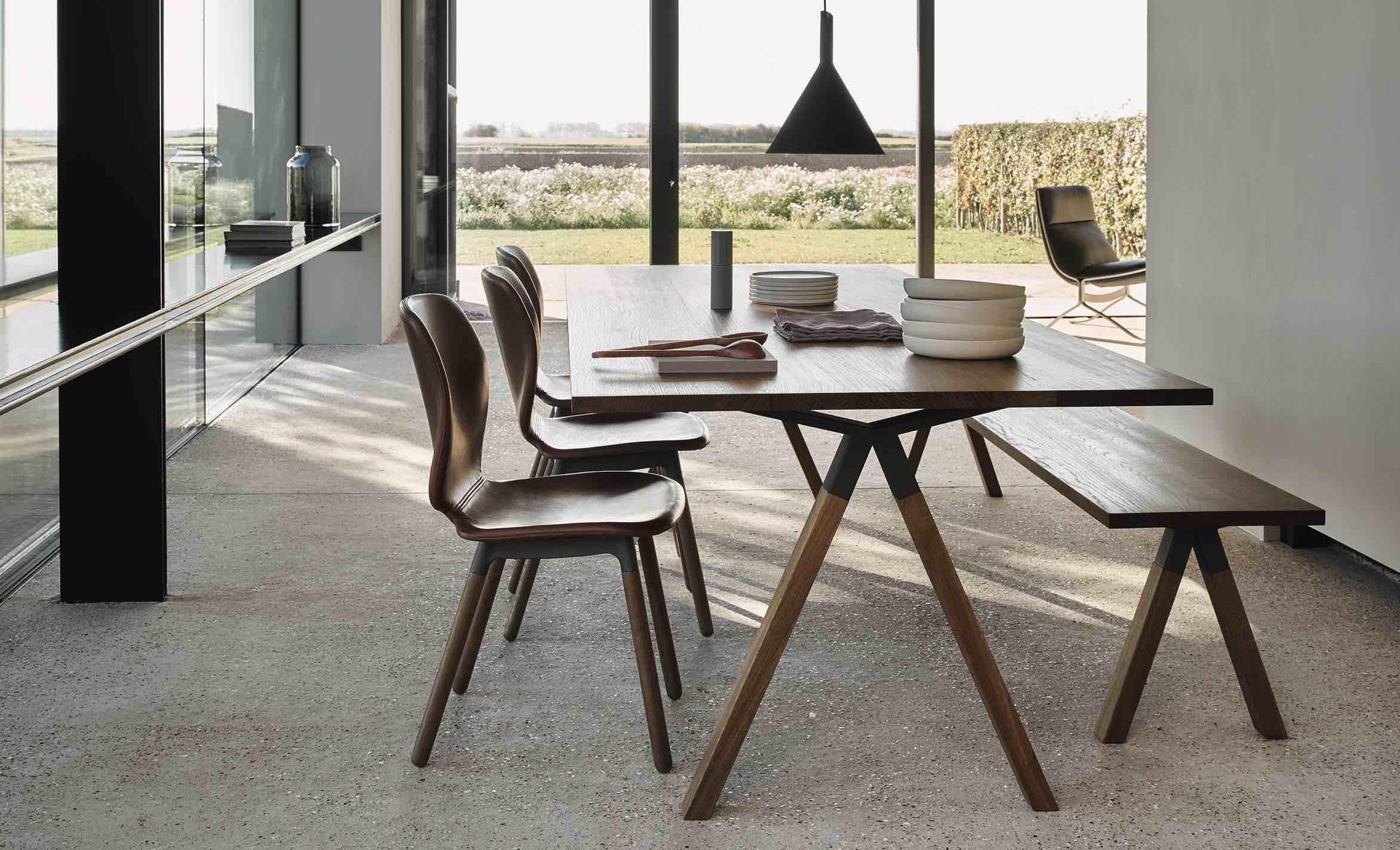 EYYE Ninove tafel stoelen fauteuils