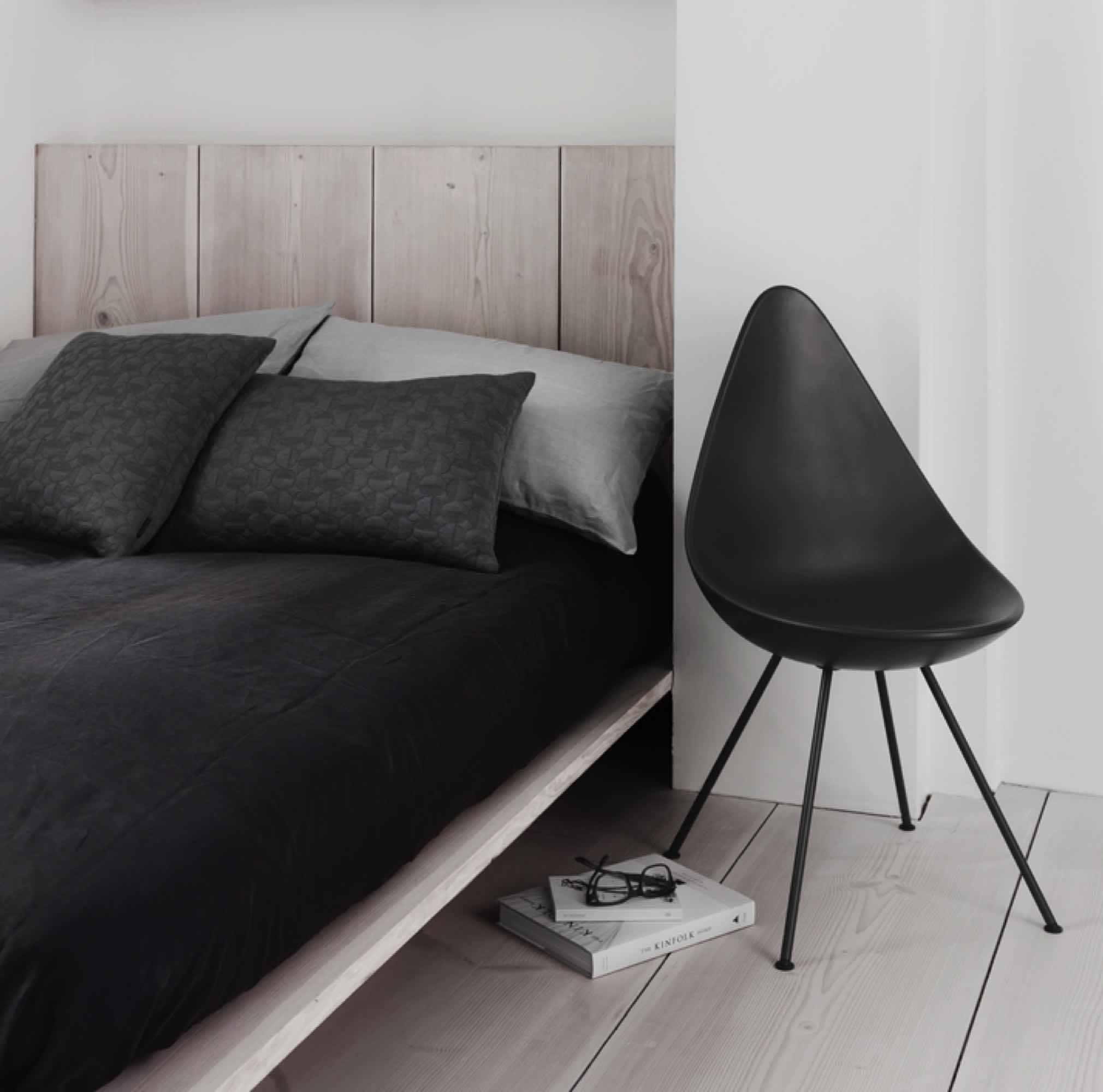 Fritz Hansen Ninove Drop Chair