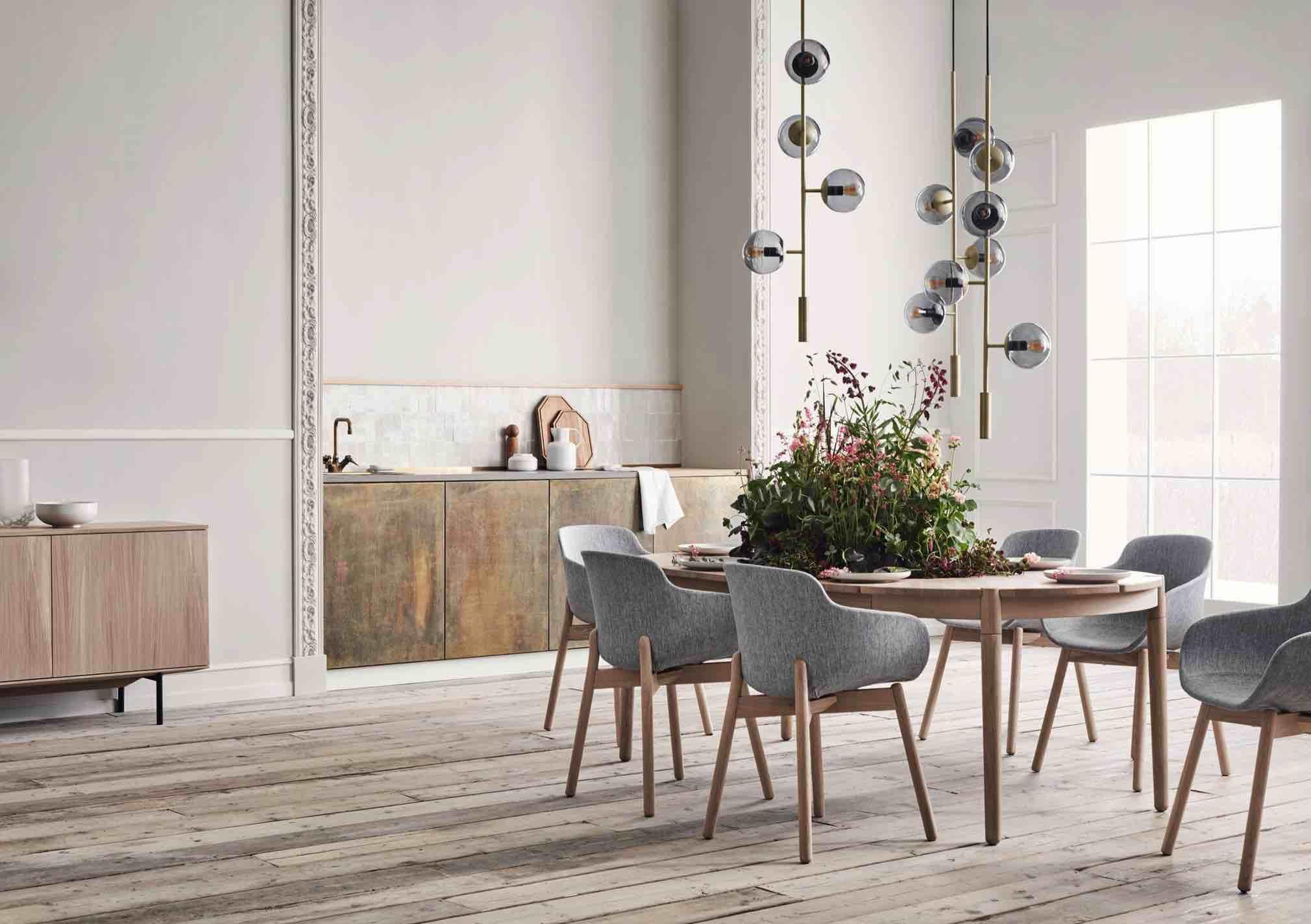 Bolia Ninove Sales dining tafels stoelen dressoirs verlichting