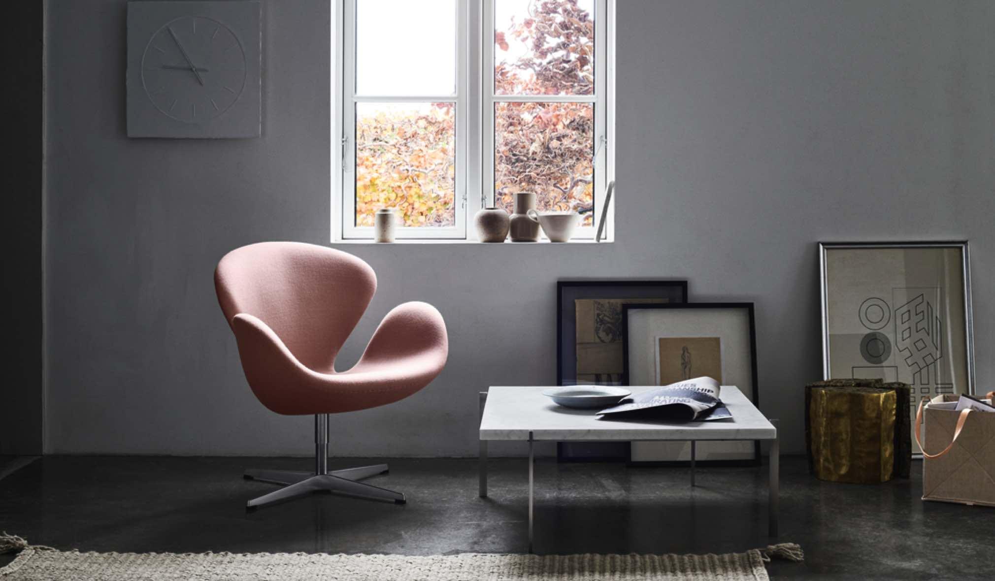 Fritz Hansen Ninove Swan Chair